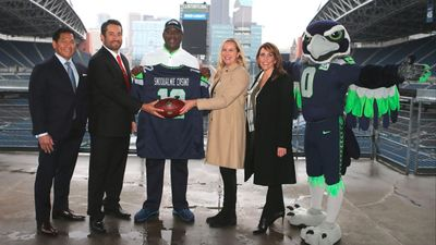 Snoqulamie Casino partners with the Seattle Seahawks